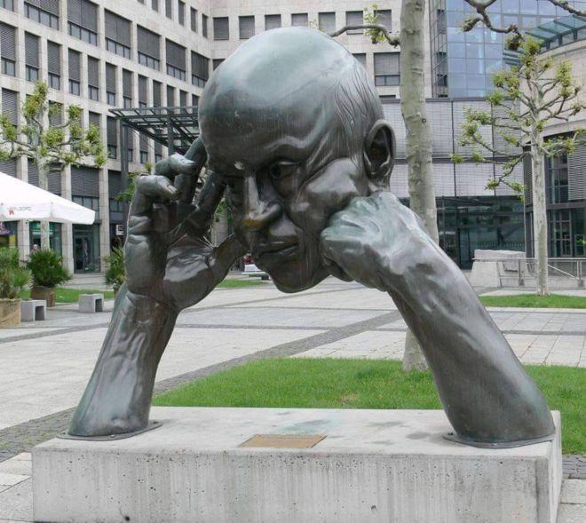 Unseen Statues Around The World