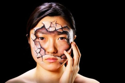 Mind Altering Illusions Created Using Body Paint
