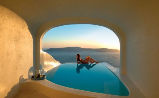 22 Most Epic Swimming Pools Around The World