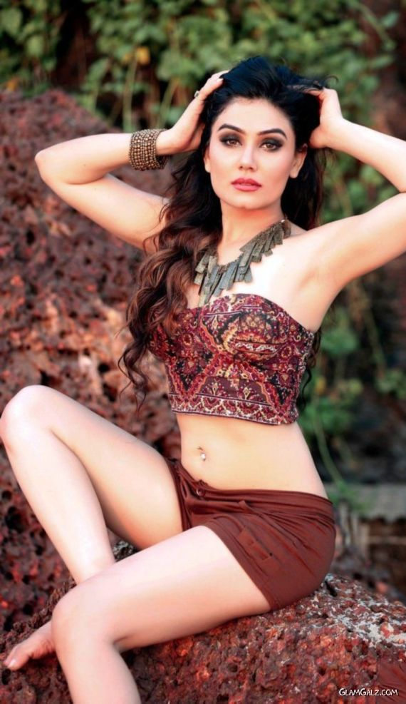 Kangna Sharma Looks Drop Dead Gorgeous In This Shoot